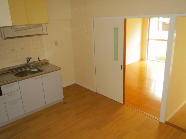 キッチン→洋室