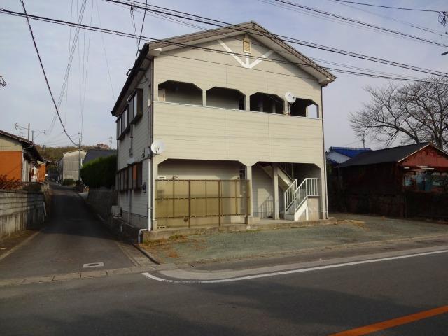 島津アパート(1階)